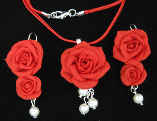 Traditional Red Roses by Tania Kathuria
